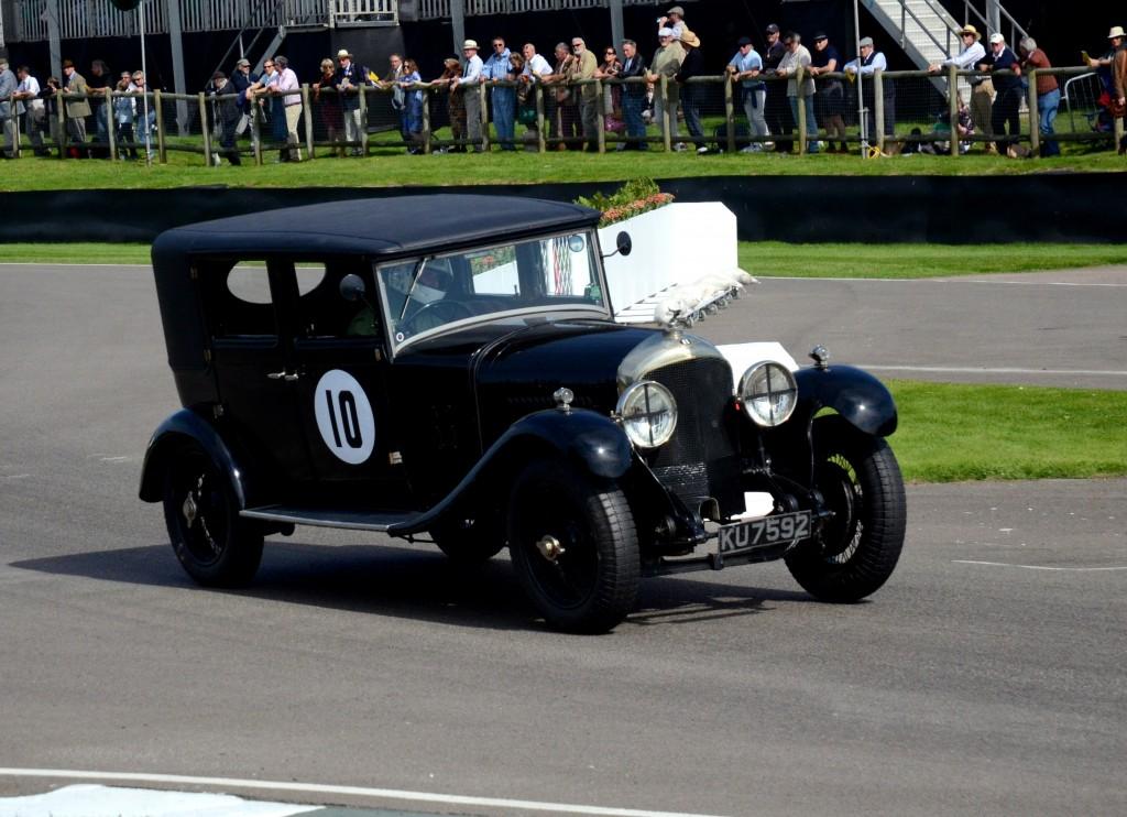 1925 Bentley Saloon.