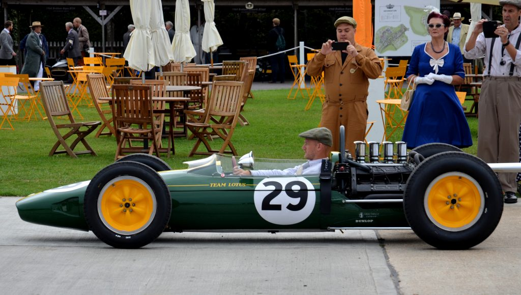 Lotus 25, Glover Trophy.